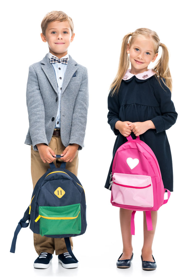 deca kupuju skolski pribor